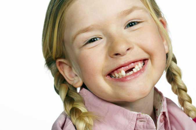 ¿Cuándo hacer la primera visita de ortodoncia en niños?