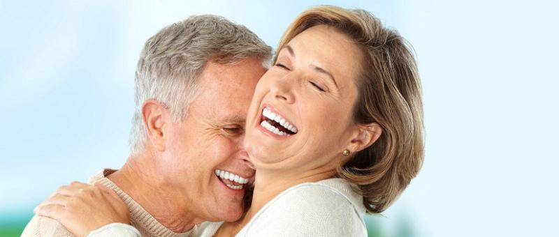 Implantes dentales con poco hueso, soluciones
