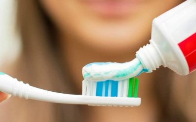 ¿Te enjuagas la boca DESPUÉS de lavarte los dientes?