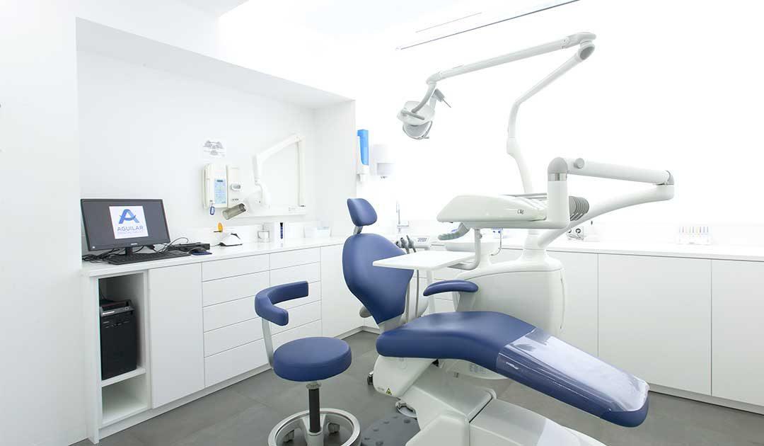 Cómo elegir tu clínica dental en Barcelona