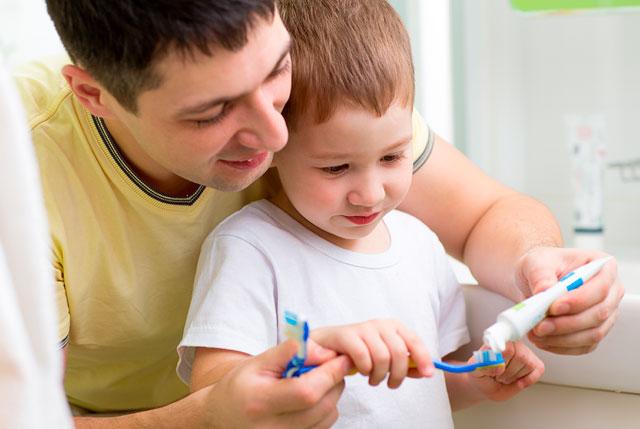 ¿Qué pasta de dientes infantil comprar? ¿Cuál le protegerá de la caries?