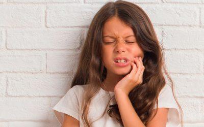 Las caries se pueden contagiar de padres a hijos