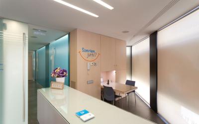 Cómo elegir la mejor clínica dental en Barcelona